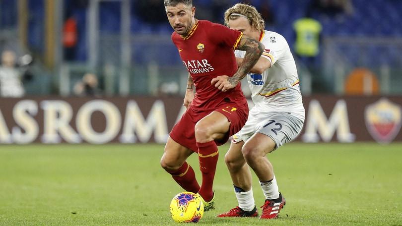 Roma, gol di Kolarov ma la Curva non perdona: fischi e cori contro il serbo
