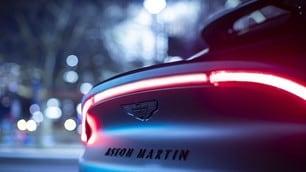 Aston Martin DBX by Q: gli scatti