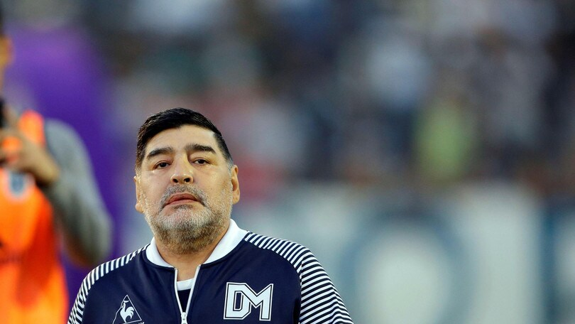 Maradona consiglia Messi: