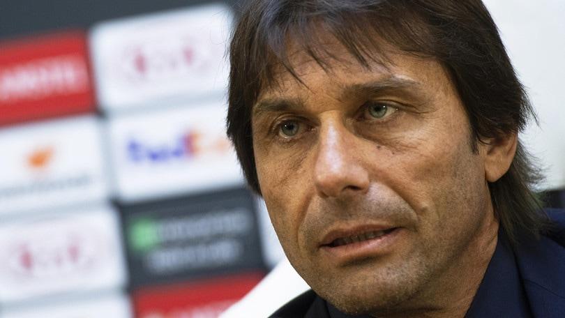 """Inter, Conte: """"Porte chiuse? Il calcio ha bisogno dei tifosi"""""""