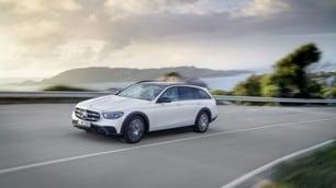 Nuova Mercedes Classe SW E: le immagini