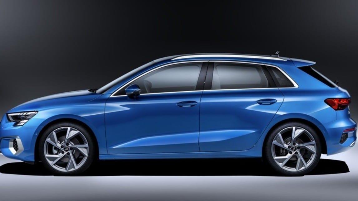 Nuova Audi A3 Sportback: le immagini