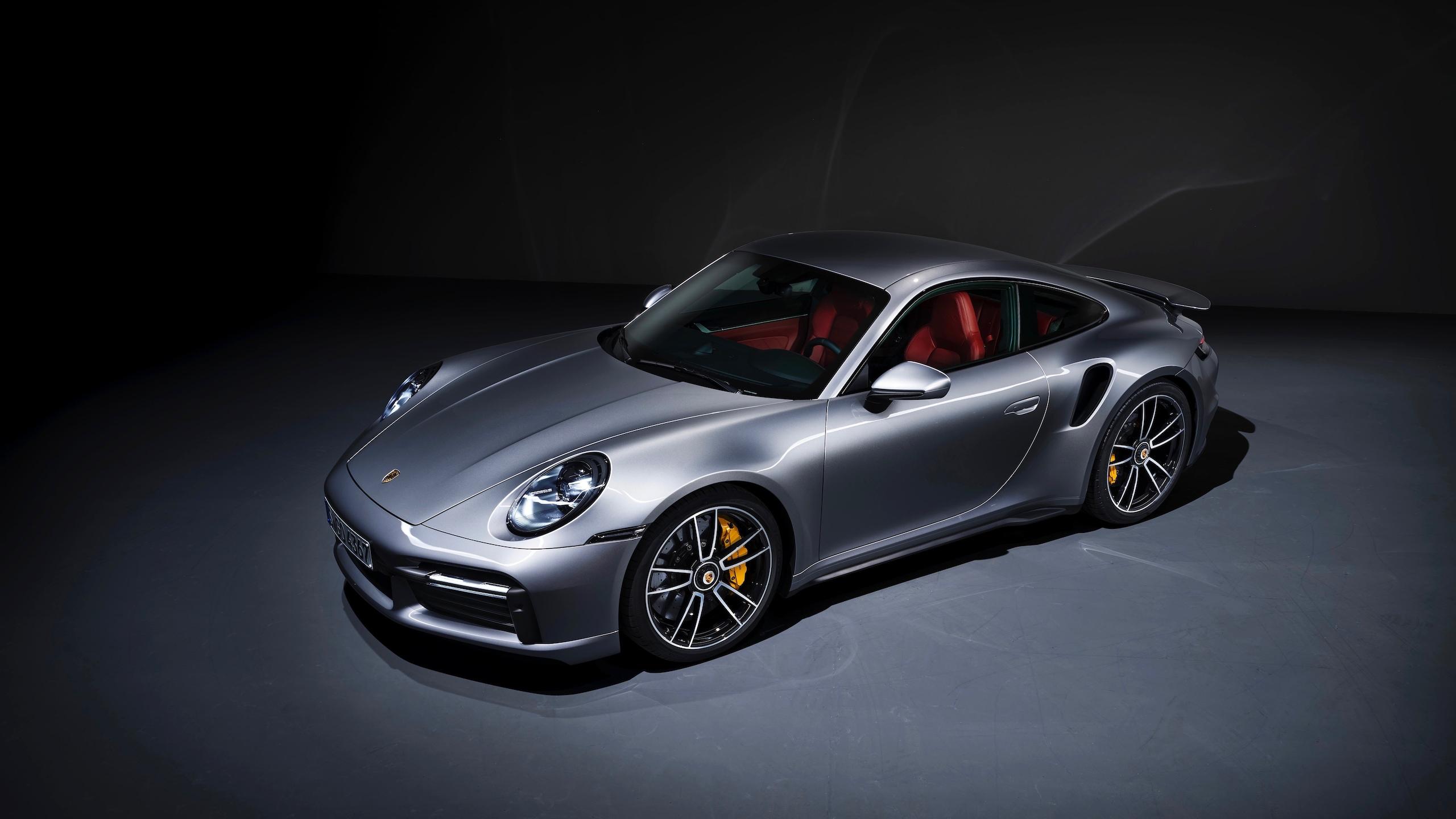 Nuova Porsche 911 Turbo S Coupé: le immagini