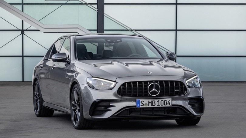Mercedes-AMG E53 restyling, la sportiva cambia volto