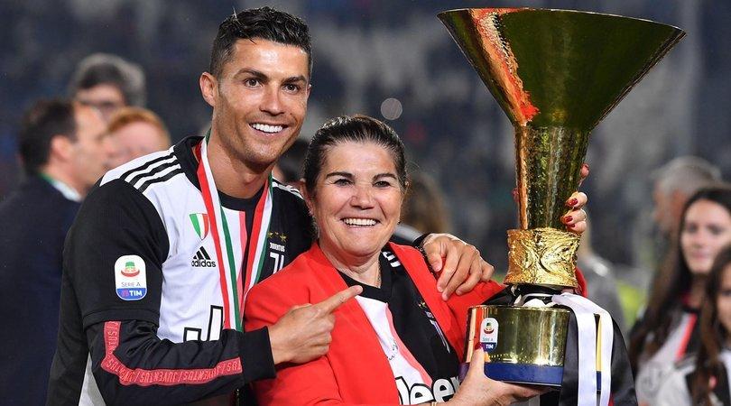 Ronaldo, la mamma lascia l'ospedale: