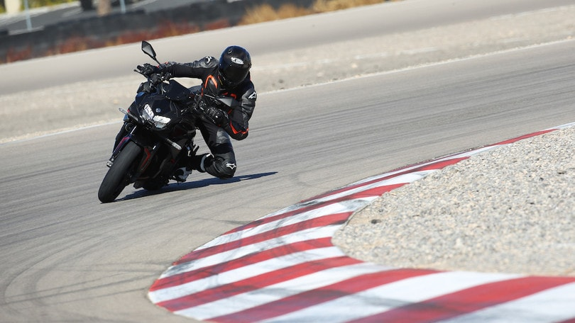 Kawasaki Z h2, la prova su strada e in pista