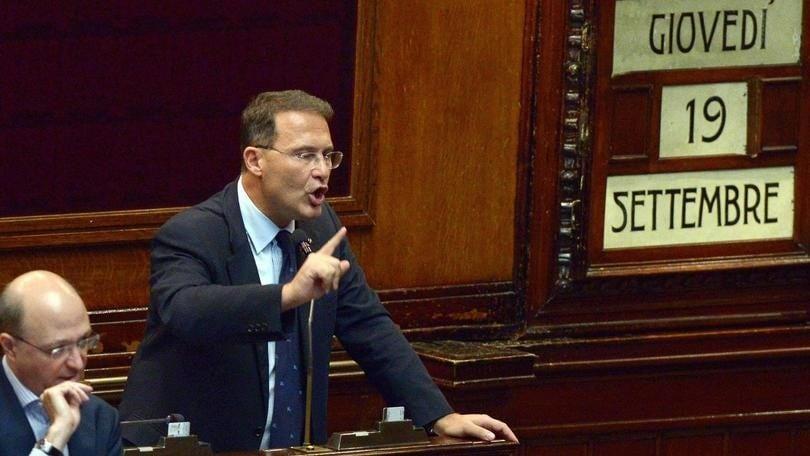 Coronavirus, positivo il deputato e questore della Camera Edmondo Cirielli