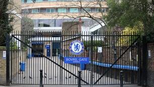 Dal Chelsea al Tottenham, gli stadi inglesi deserti