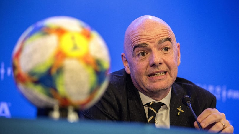 Fifa, Mondiale per club rinviato a data da destinarsi