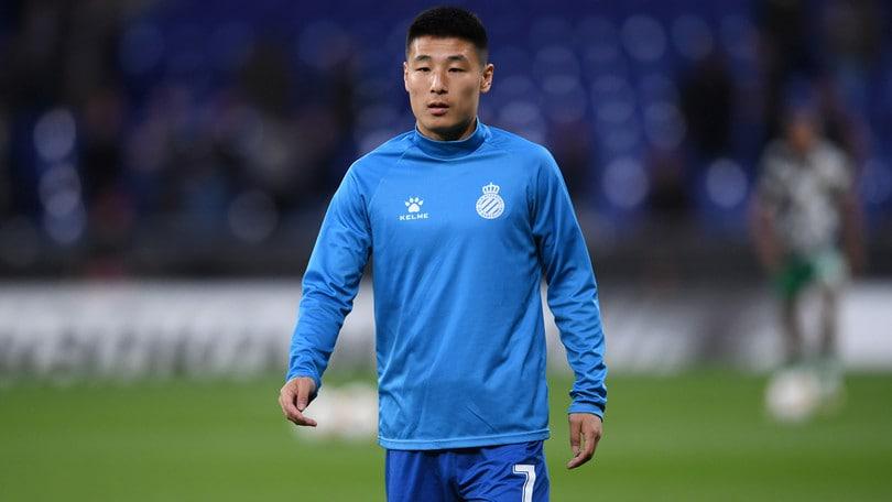 Coronavirus: positivo Wu Lei, attaccante dell'Espanyol