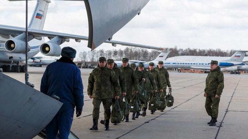 Coronavirus, dalla Russia all'Italia il 15° aereo di aiuti