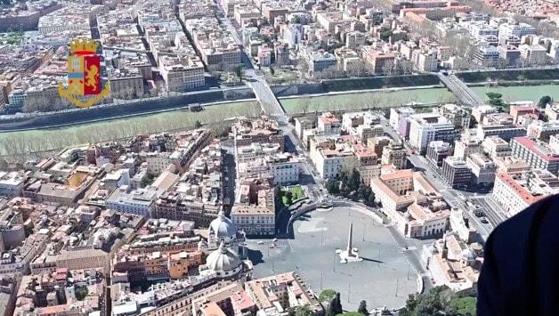 Roma deserta vista dall'alto