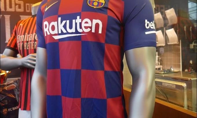 Barcellona, Messi e compagni rifiutano il taglio di stipendio