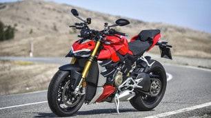 Ducati Streetfighter V4S, gli scatti della prova
