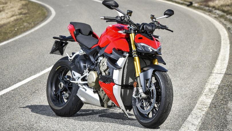 Ducati Streetfighter V4S, il test su strada