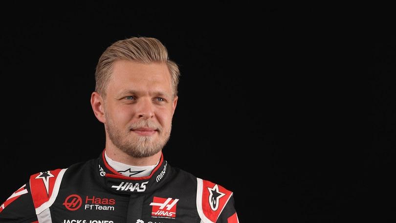 F1, Magnussen risponde a Carey: