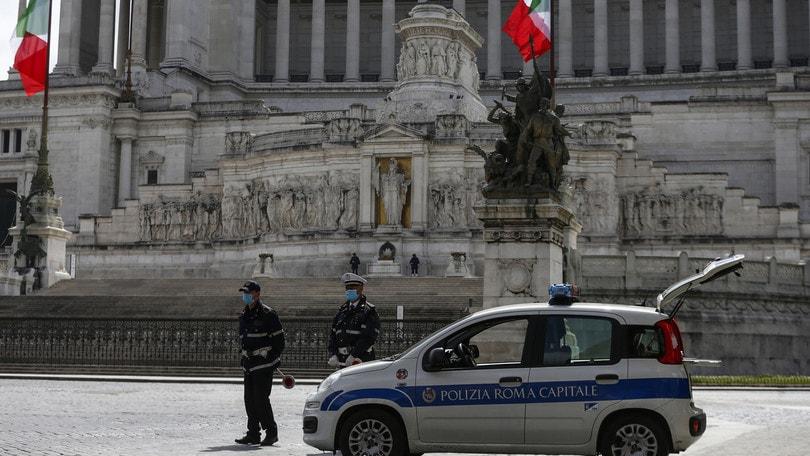 Riaprire l'Italia dopo Pasqua: tutte le ipotesi e il piano del Governo