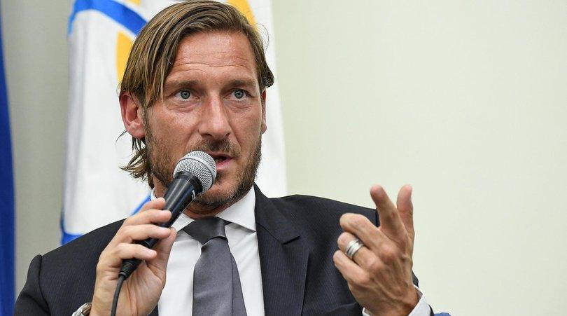 """Totti incontra Gattuso e tifa le italiane in Europa: """"Zaniolo? Deve avere continuità"""""""