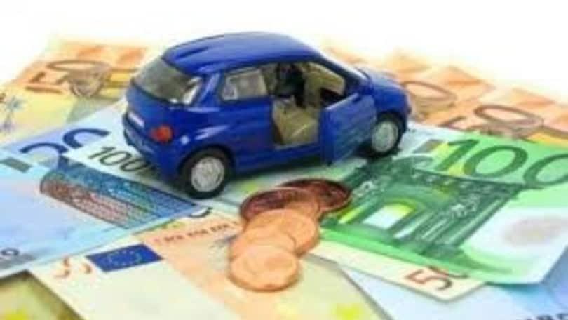 Coronavirus, Regione Lazio sospende pagamento del bollo auto