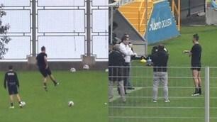 Ronaldo si allena in campo: tiri in porta nella sua Madeira