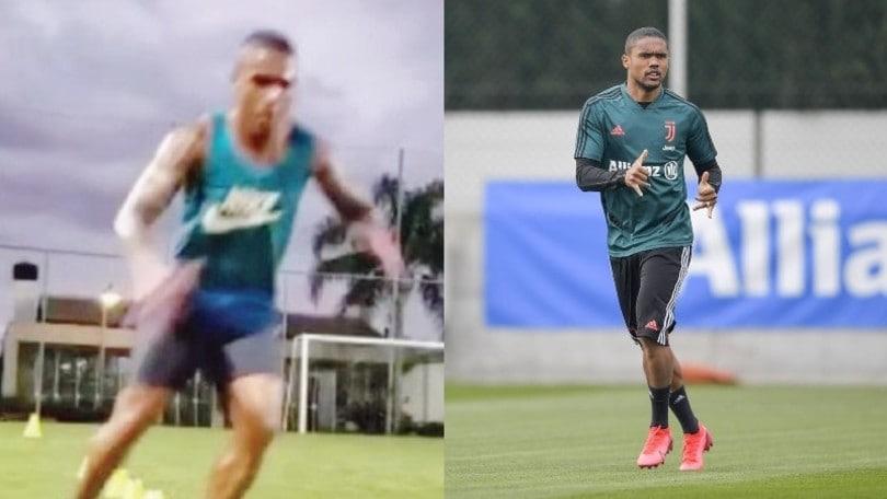 Juve, non solo Cristiano Ronaldo: anche Douglas Costa si allena sul campo