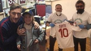 Totti con Moriero e Miccoli per aiutare Lecce