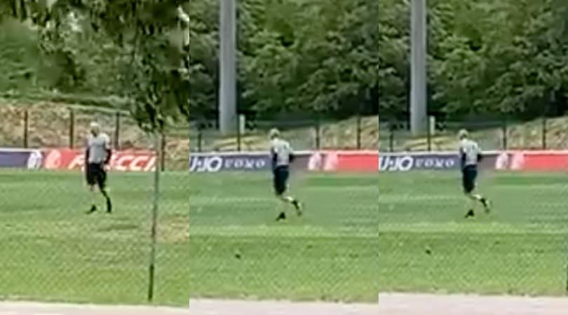 Mihajlovic corre sul campo del Bologna