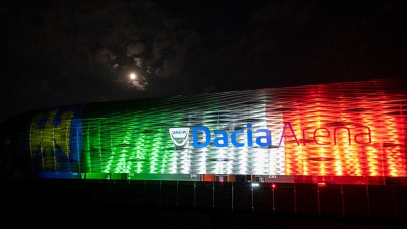 Udinese, Dacia Arena illuminata dal Tricolore e dall'aquila del Friuli