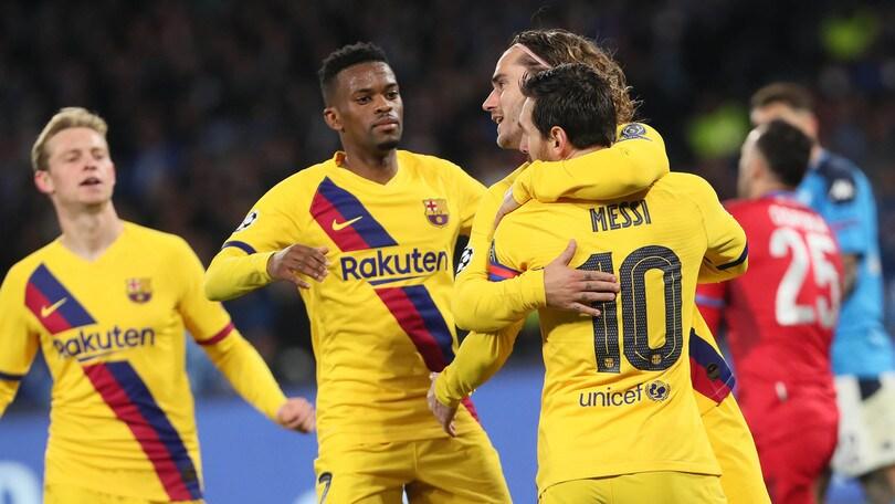 Barcellona, calciatori in rivolta: no al taglio stipendi
