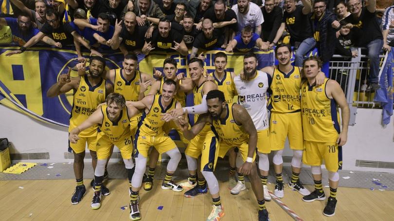 Basket, campionato a 18 squadre: c'è Torino