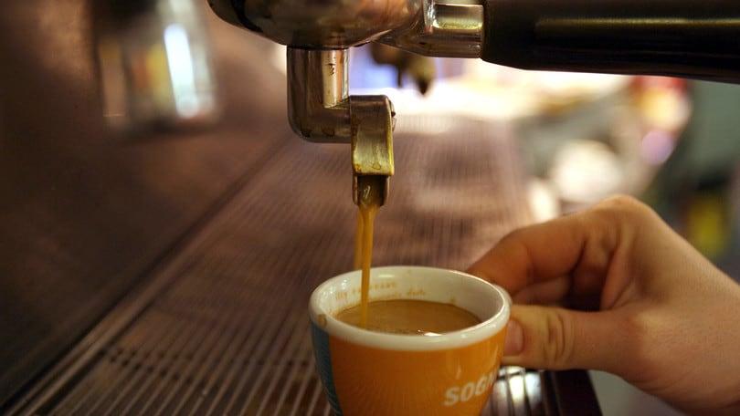"""""""Coronavirus, dal caffè ai parrucchieri: i rincari della Fase 2"""""""