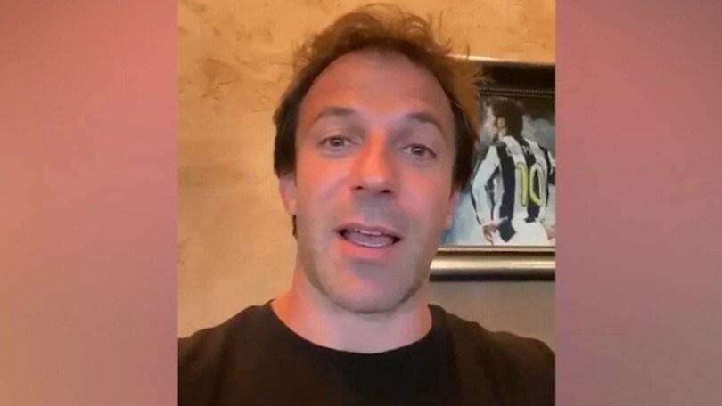 Del Piero fuori dall'ospedale scherza: