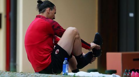 Milan, Ibrahimovic ko: si teme un lungo stop
