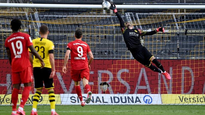 Bundesliga, Borussia D.-Bayern 0-1: magia alla Totti di Kimmich, Flick va a +7
