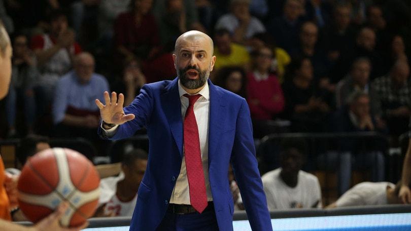 Basket, Reggiana: esonerato Maurizio Buscaglia