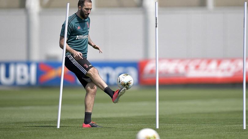 Juve, Higuain è un caso ma con il Napoli vuole esserci