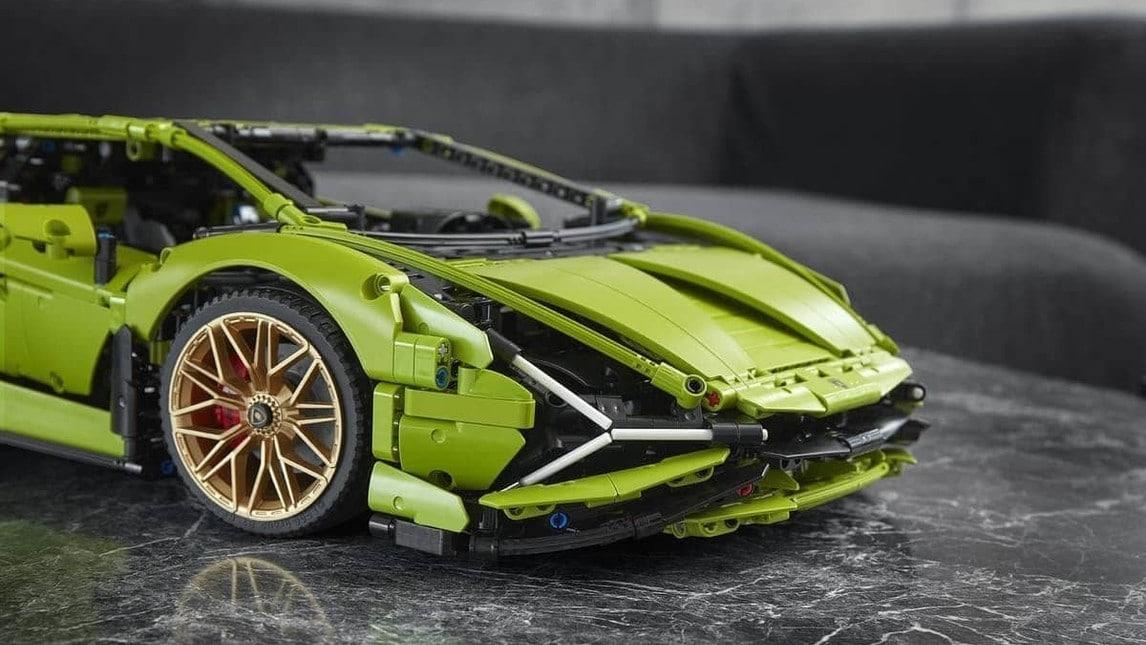 Lamborghini Sian FKP 37 Lego Technic: le immagini