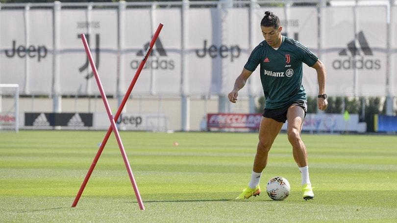 Juve, incredibile Ronaldo: alla Continassa 4 ore prima dell'allenamento