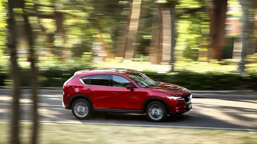Video: Mazda CX-5, inarrestabile eleganza