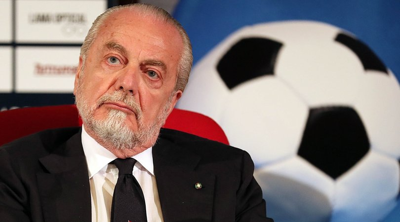 """De Laurentiis: """"Barcellona-Napoli si giochi altrove. La Uefa? Imbarazzante..."""""""