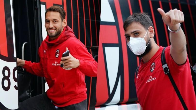 Milan in partenza per Torino: solo alcuni con la mascherina
