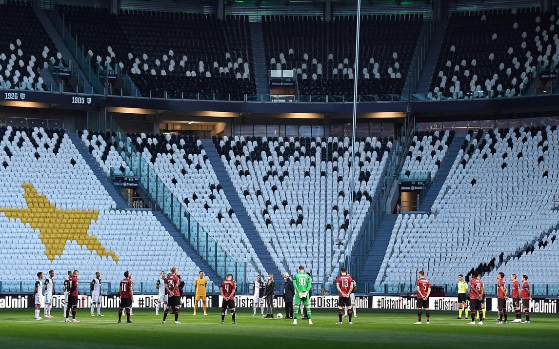 Juve-Milan, emozionante minuto di silenzio per le vittime del Coronavirus