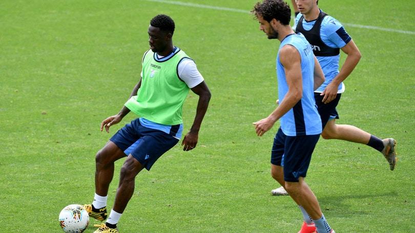 Lazio, l'ultima fatica della settimana: partita in famiglia, super Bastos in gol