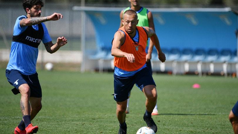 Lazio, Leiva torna a pieno regime: stop Marusic e Luiz Felipe