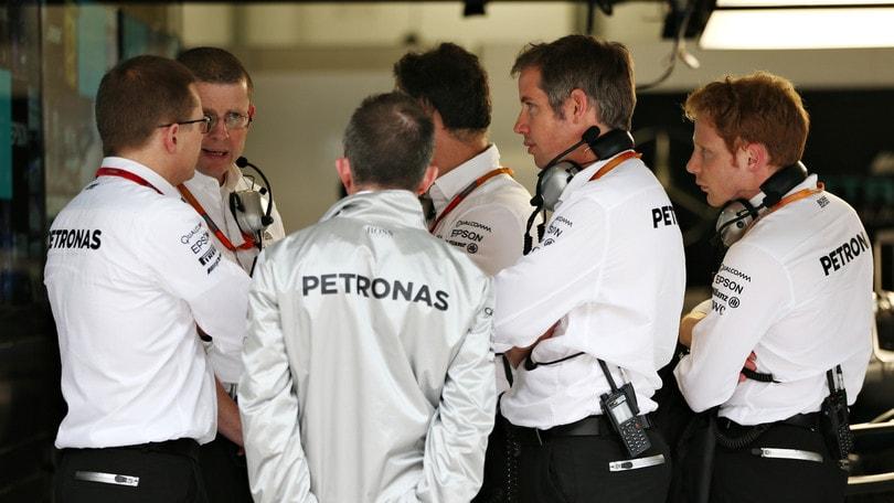 F1, Cowell dice addio alla Mercedes: si dimetterà da amministratore delegato a fine luglio
