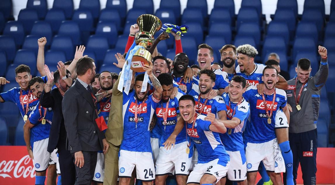 Napoli in trionfo, i ragazzi di Gattuso alzano la Coppa Italia