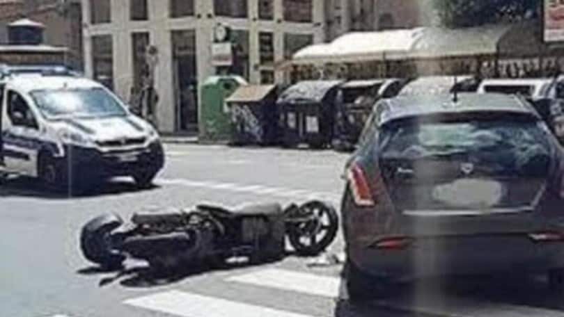 Roma, incidente sullo scooter per Bobo Craxi