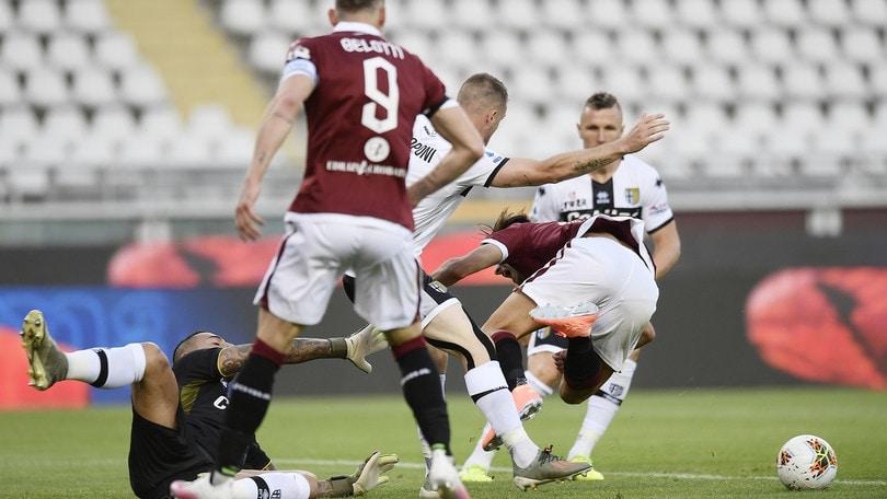 Torino-Parma 1-1, Sepe super: rigore parato a Belotti