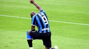 Inter, Lukaku omaggia George Floyd dopo il gol alla Sampdoria