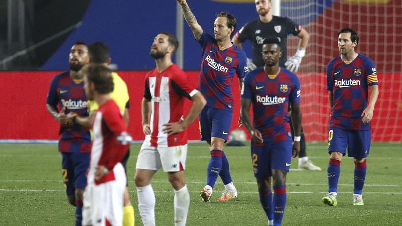 Barcellona, basta Rakitic. L'Atletico Madrid vola in terza posizione